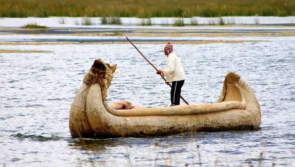 Перу-соломенная-лодка