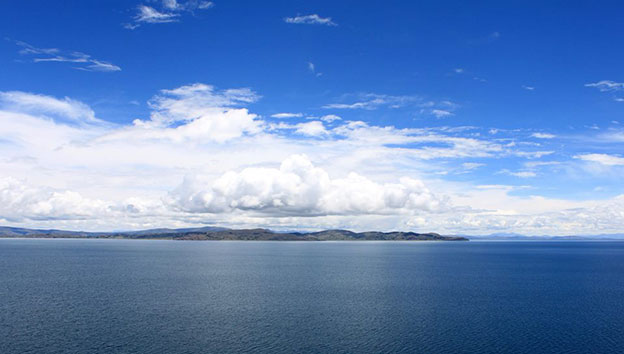 Перу-озеро-Титикака-2