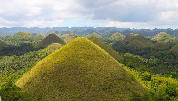 Филиппины-шоколадные-холмы