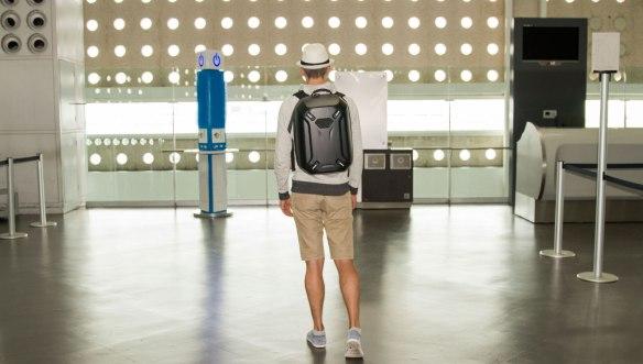 В-аэропорту