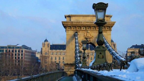 Цепной-мост-Сеченьи-Будапешт